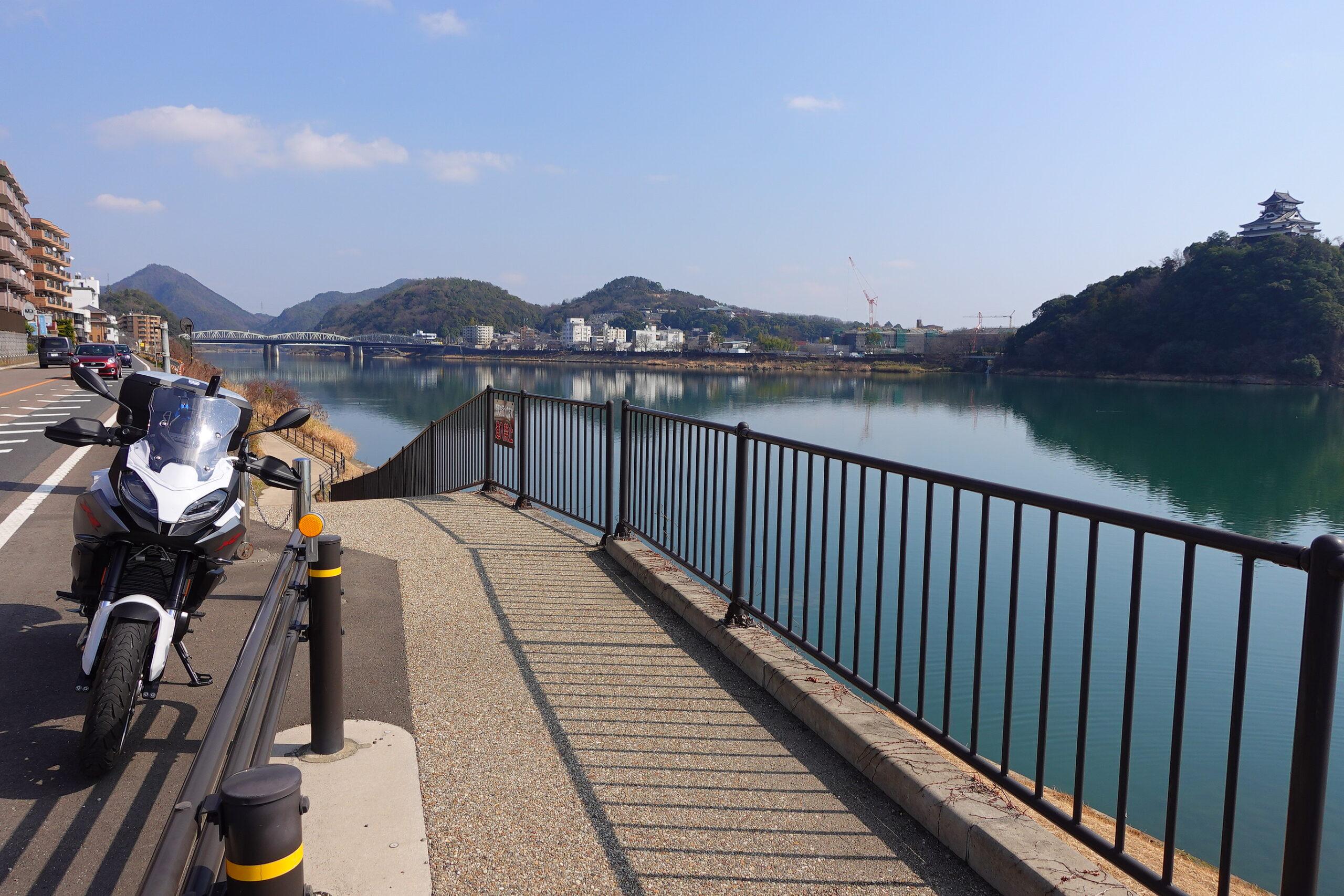 犬山城対岸F900XR