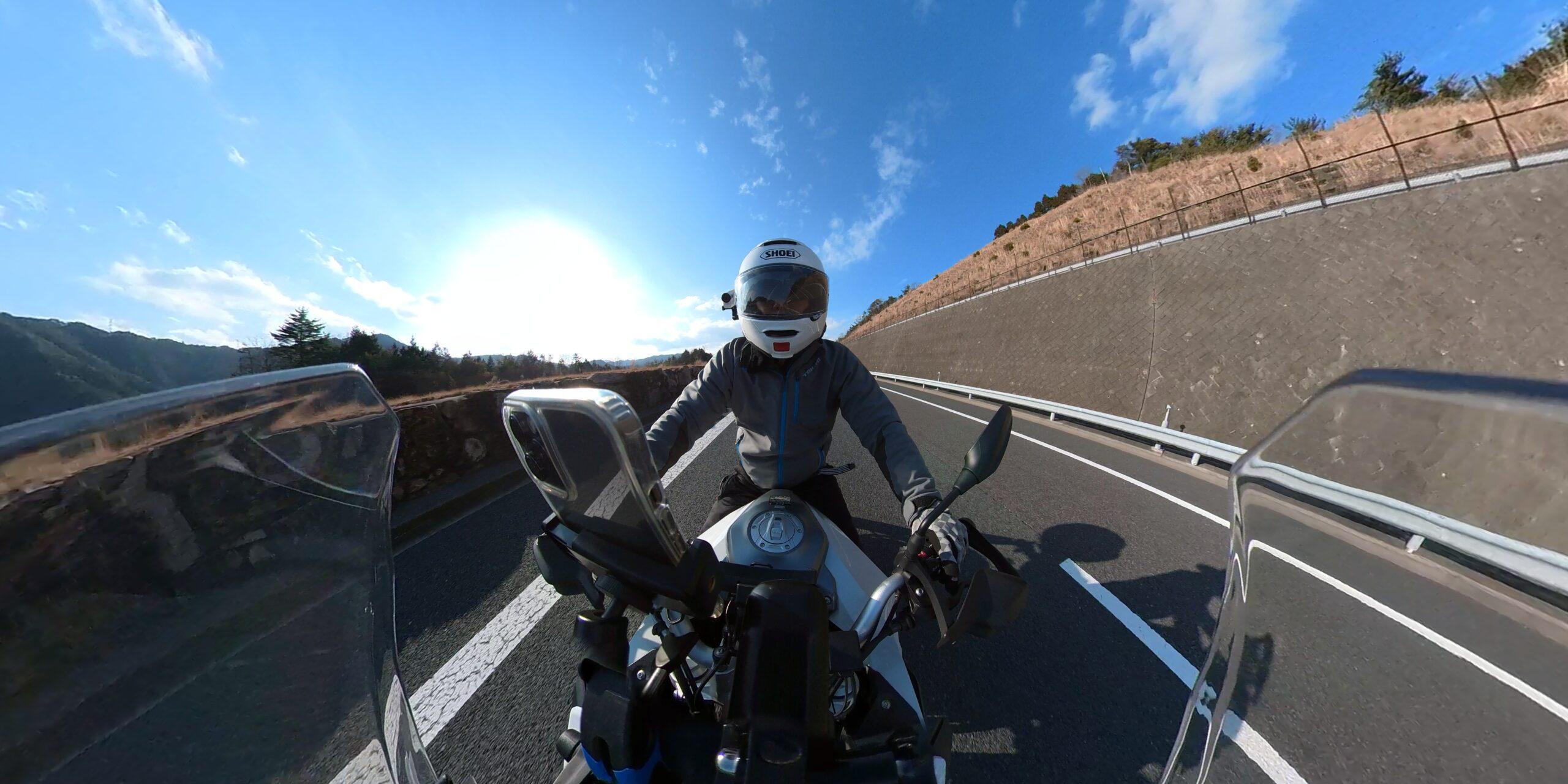 F900XR高速道路
